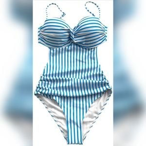 Cupshe Blue and White Swimsuit